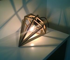Yksi kauneimmista lampuista mitä Jyväskylän asuntomessuilta löytyi