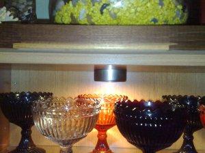 Tässä kuvassa halogeenipolttimoiden tilalle asennettu led-polttimot.