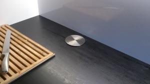 Pistorasioiden ei tarvitse aina olla seinässä tai kaapiston alla.